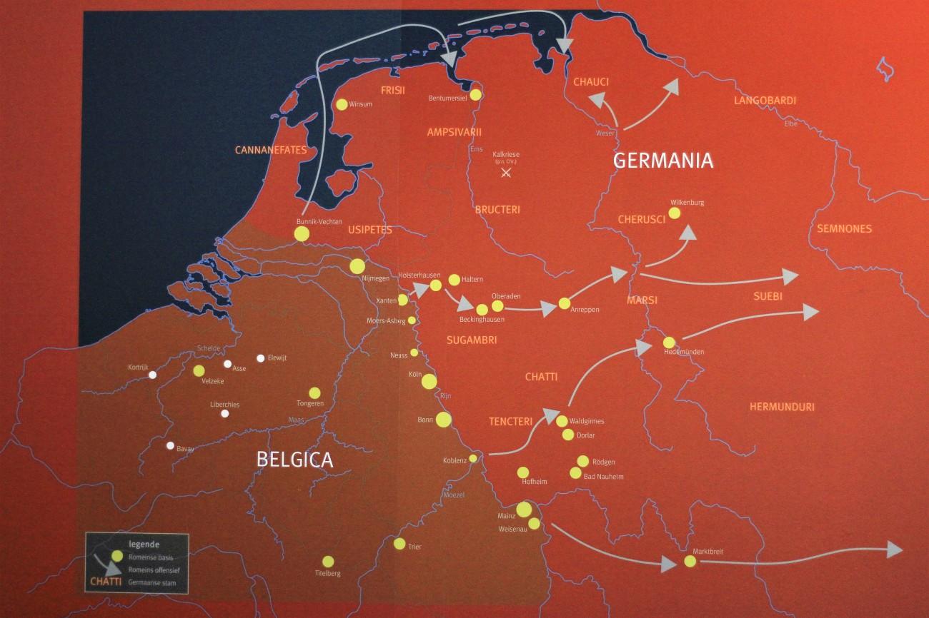 Archeologisch museum Velzeke - binnen - collectie - 007 germaanse oorlogen landkaart.jpg