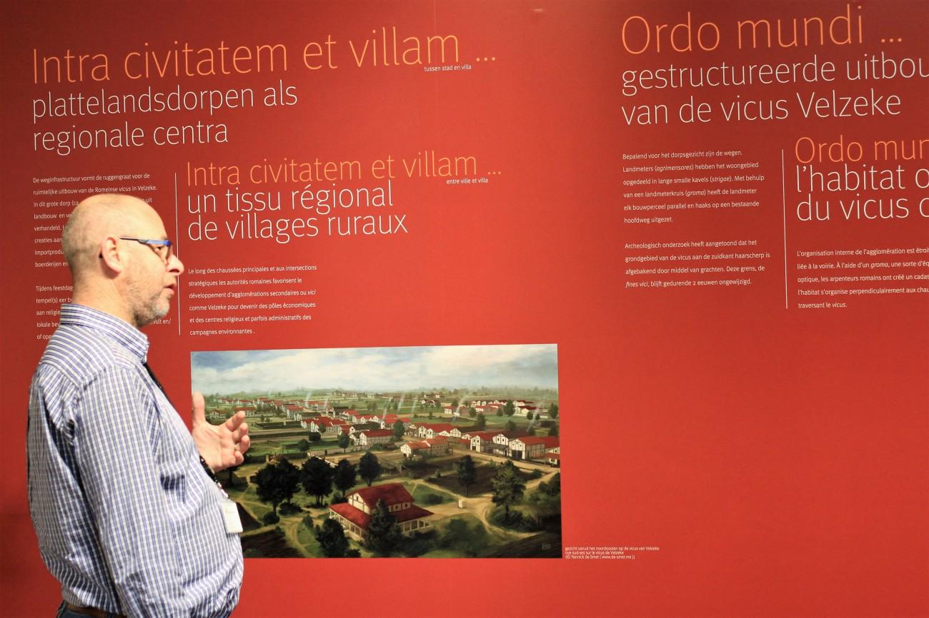 Archeologisch museum Velzeke - binnen - collectie - 018 lintbebouwing.jpg