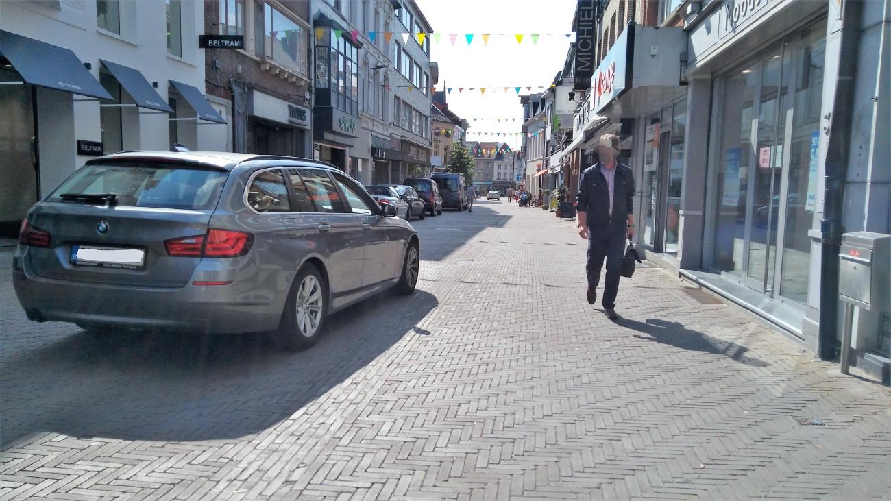 zottegem stationstraat auto IMG_20170704_173052_LI