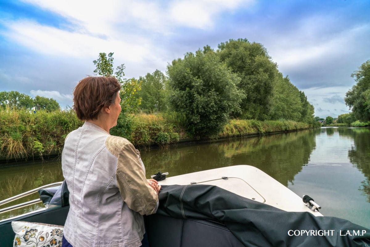 Fotoreportage: Van Denderleeuw naar Zandbergen, per boot!